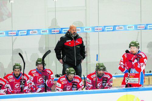 Patrice Lefebvre auf der Trainerbank von Gröden und inmitten von NHL-Allzeitgrößen: Pierre Larouche, Mike Bossy, Guy Lafleur, Mario Lemieux, Denis Savard, Patrice Lefebvre und Dale Hawerchuk.GEPA, QMJHL