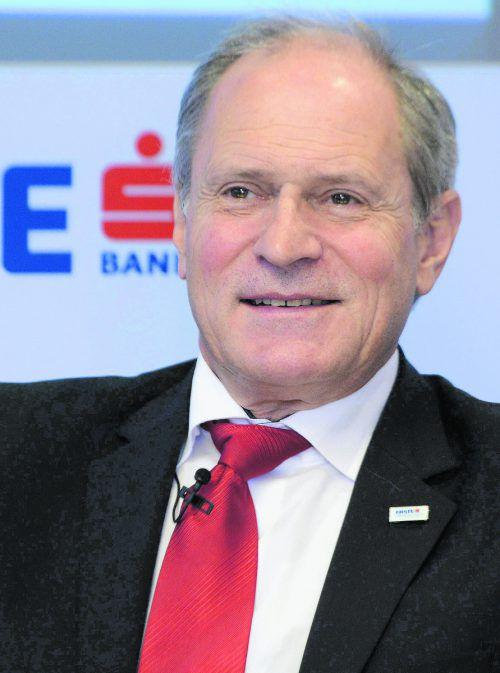 Peter Mennel übernimmt Aufgaben im EOK und quittiert als EBEL-Chef.gepa