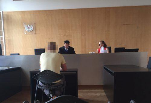 Richter Martin Mitteregger redete dem Angeklagten ordentlich ins Gewissen. VN/GS