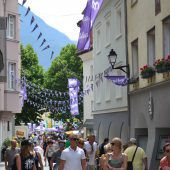 Lila Begeisterung in der Alpenstadt