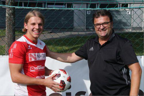 RW-Trainer Stipo Palinic (rechts) ist ob der Rückkehr von Marvin Bischoff sehr erfreut.Luggi Knobel