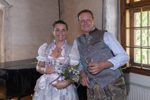 Sandra und Manfred Riegler haben am 19. Juli am Standesamt die Ringe getauscht. marte