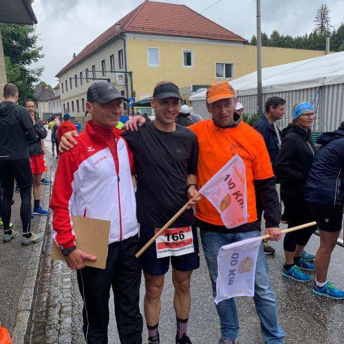 So sehen Sieger aus: Wolfgang Michl im Ziel nach 100 Kilometern.Privat