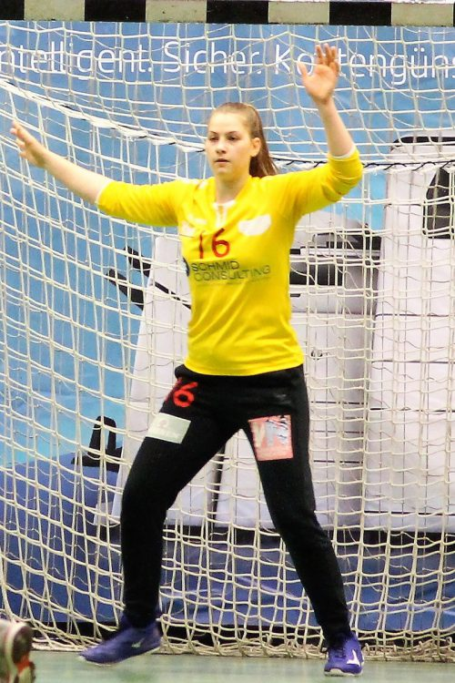 Torfrau Denise Fuchs.Verein