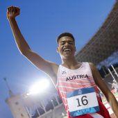 Ayodeji gewinnt im Weitsprunghistorische Goldmedaille