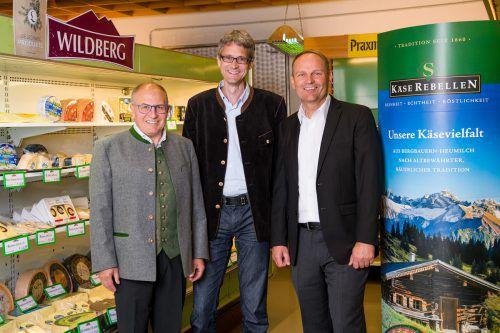 V. l. Käserebell J. Krönauer, J. Meier (GF Stegmann), A. Geisler (GF Käserebellen). Fa