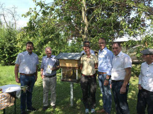 Vereint im Kampf gegen das Bienensterben: Landwirtschaft, Politik und natürlich die Imker setzen konkrete Maßnahmen. VN/HÄMMERLE