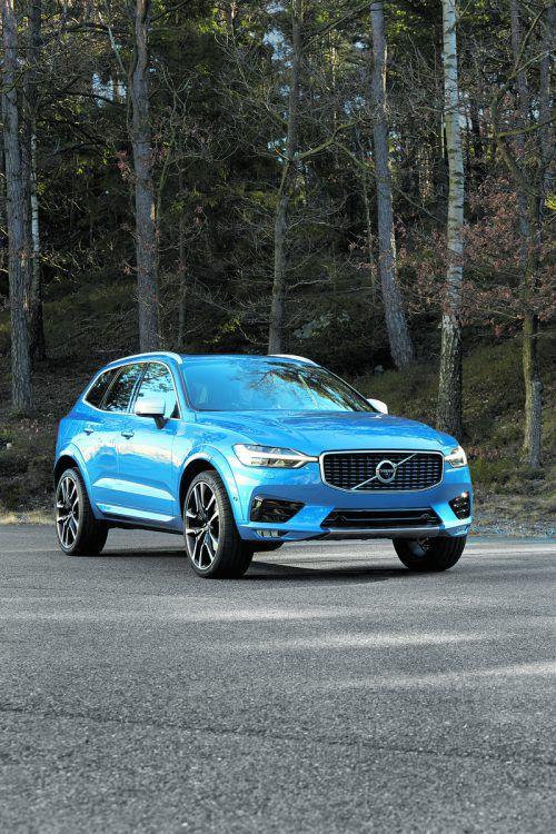 Volvo XC60 T8 Twin Engine AWD: Aus der Zusammenarbeit zwischen einem 2,0-l-Vierzylinder-Benziner und einem E-Aggregat werden 407 PS geholt.