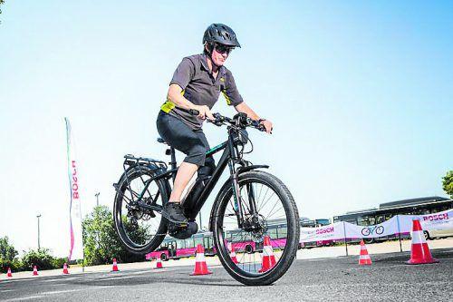 Vorderrad-ABS von Bosch: Anfahren, Beschleunigen, Bremsen: Für Ungeübte gilt es den Umgang mit dem E-Bike zu trainieren. ÖAMTC