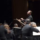 Jubel für Petrenko als neuer Chef der Philharmoniker