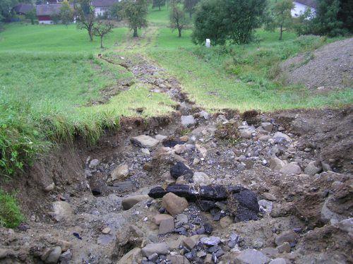 Bei einem Starkregenereignis 2005 suchte sich der Histelerbach seinen eigenen Weg und verursachte große Schäden. Gemeinde