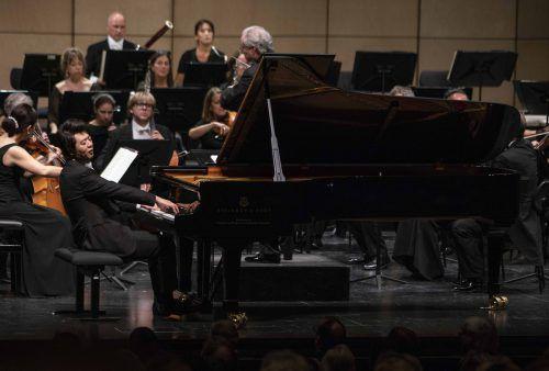 Camerata Salzburg unter dem Dirigenten Manfred Honeck mit dem Pianisten Lang Lang im Haus für Mozart. Salzburger Festspiele/M. borrelli
