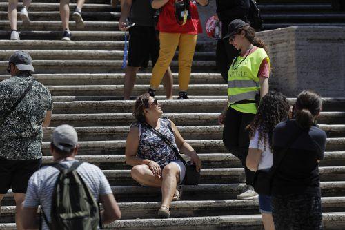 Das Sitzen auf der Spanischen Treppe ist künftig verboten. AP
