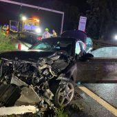 Suff-Fahrer verursacht schweren Auffahrunfall