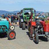 Alte Traktoren wieder in Weiler unterwegs