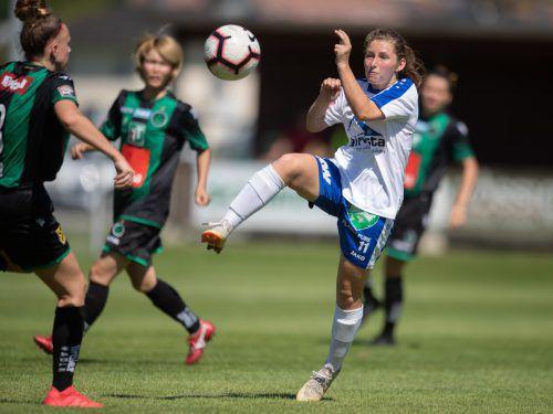 Die 19-jährige Sarah Schneider avancierte mit einem Doppelpack zur Matchwinnerin im Auftaktspiel gegen Wacker Innsbruck.vn-sams