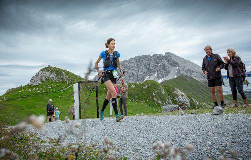 Andrea Feuerstein-Rauch in ihrem Element. Da bleibt nur wenig Zeit für die Schönheiten der Berge in der Arlbergregion.Mayr