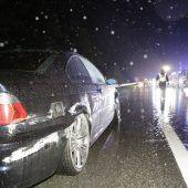 Zwei Autos schleudern auf A 14 gegen Leitschiene