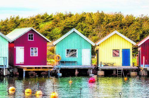 Die farbenfrohen Häuser sind typisch für die Provinz Bohuslän.