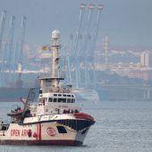 Open Arms wartet weiter auf Hafen