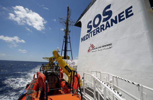 """Die von SOS Méditerranée und Ärzte ohne Grenzen gecharterte """"Ocean Viking"""" ist eines der Schiffe, die im Mittelmeer Geflüchtete in Seenot retten. afp"""