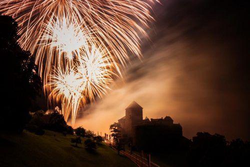 Ein großes Feuerwerk wird den Höhepunkt der Feiern bilden.LM