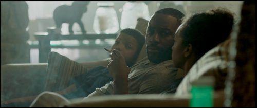 """Ein schwarzer Mann lächelt an der Kassa einen zehnjährigen weißen Jungen an. Dieser Moment führt zu einem gewalttätigen Zusammenprall zweier Gangs. """"Skin"""" erhielt 2019 den Oscar für """"Bester Kurzfilm 2019"""".drew daniels"""