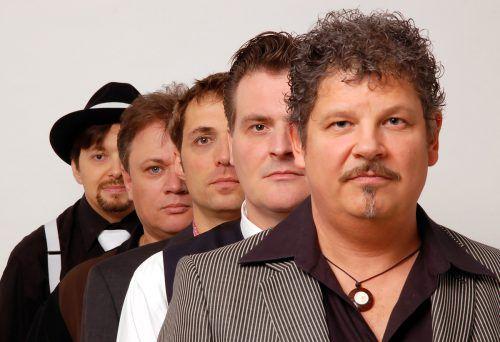 Erik Trauner (r.) und seine Mannen von der Mojo Blues Band sind beim Bludenzer Jazz & Groove Festival dabei. Mojo Blues band