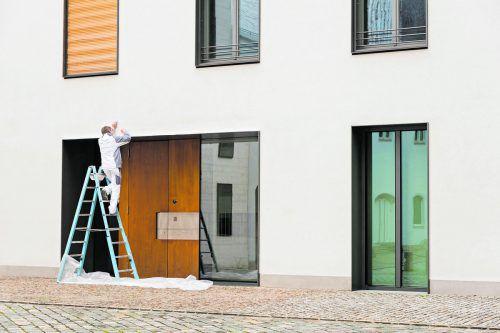 Fassadenerneuerungen zählen zu den größeren Aufwendungen.foto: shutterstock