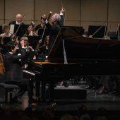 Mehr als festspielwürdig: Dirigent Manfred Honeck und Pianist Lang Lang. D4