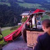Pilot und Fahrgast stürzen aus Ballon