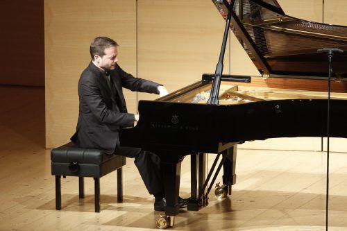 Francesco Piemontesi ist drauf und dran, zu einem der wichtigsten Schubertpianisten der jüngeren Generation zu avancieren. Schubertiade
