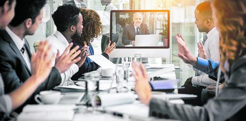Gerade in größeren dezentral organisierten Unternehmen ist interne Kommunikation unabdingbar geworden. Fotolia