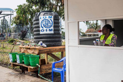 Gesundheitspersonal an der Grenze zwischen Kongo und Ruanda. AFP