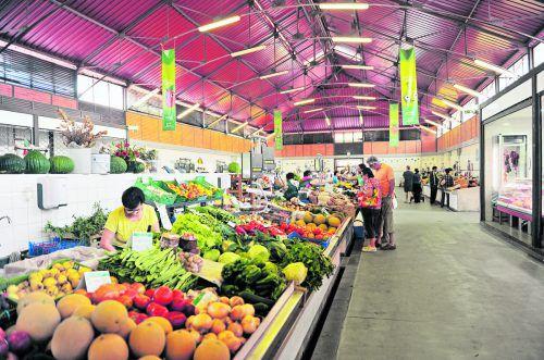 In den Markthallen von Olhao kann man die Vielfalt der Region erkennen. Im Süden Portugals wächst fast alles. shutterstock (5)