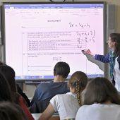 Neos: Lehrermangel Versäumnis der Landesregierung