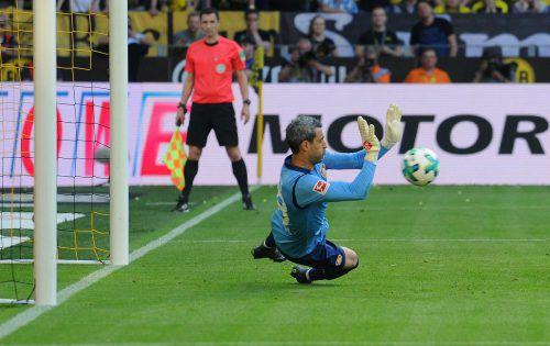 Ramazan Özcan kam im Leverkusener Pokal-Auswärtsspiel bei Alemannia Aachen über die vollen 90 Minuten zum Einsatz.GEPA