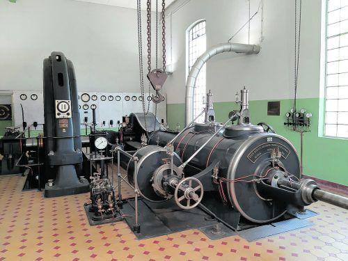 Wo sich heute ein großes Gewerbeareal befindet, war früher der Stammsitz des Textilunternehmens Franz M. Rhomberg. Erhalten geblieben ist das ehemalige Krafthaus mit einem Dampfgenerator zur Erzeugung von elektrischem Strom. Hergestellt wurde die Anlage 1912 von der Ersten Brünner Maschinenfabrik und AEG. Die Maschine zählte damals zum Modernsten, was zu bekommen war. Sie lief bis zu ihrer Stilllegung im Jahr 1992. Der Niedergang der Textilindustrie, der Konkurs von Franz M. Rhomberg, Besitzerwechsel und Vernachlässigung des Gebäudes setzten dem Dampfgenerator arg zu. 2006/07 wurde die Anlage vom Dampfmaschinenteam des Vorarlberger Technischen Vereins (Adolf Gstöhl, Walter Bröll, Helmut Schelling) in vielen ehrenamtlichen Arbeitsstunden restauriert. Heute kann sie besichtigt werden. Der Vorarlberger Technische Verein steht im Internet unter ww.vtverein.at für Auskünfte bereit.