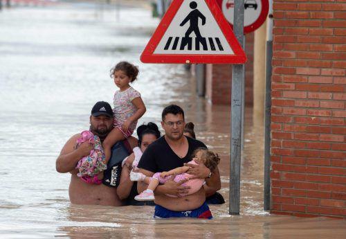 3500 Menschen mussten ihre Häuser verlassen. afp