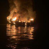 Feuerinferno auf Boot: 20 Tote geborgen, 14 Menschen vermisst