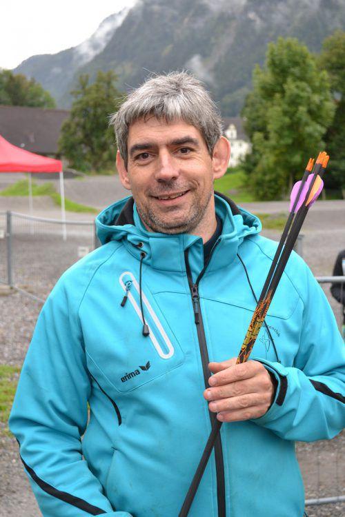 Alexander Pastella schätzt das Bogenschießen nicht nur als wichtigen Ausgleichssport, sondern bezeichnet es auch als Familiensportart. BI