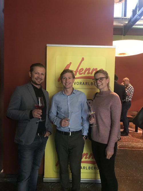 Alexander Waldorf (Antenne Vorarlberg) mit Jennifer und Michael Thaler.