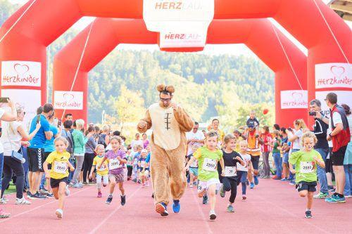 Auch 75 Kinder gingen beim zweiten Herzlauf in Vorarlberg an den Start. Veranstalter