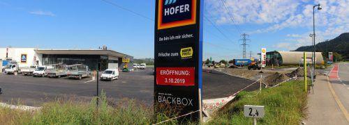 Auf dem Gelände der ehemaligen Head-Produktion entsteht eine Hofer-Filiale.