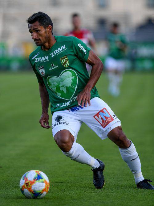 Austria-Lustenau-Bomber Ronivaldo war in Horn nicht zu halten und erzielte drei Treffer beim 4:2-Auswärtssieg. Damit hält der Brasilianer schon bei neun Toren.gepa