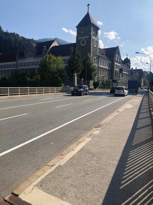 Bei der Montfortbrücke werden Bodenerkundungen durchgeführt. VN/WIM