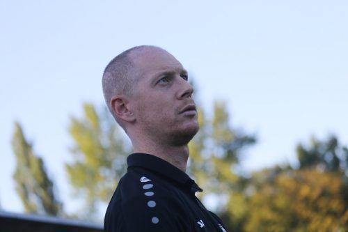 Benjamin Kaufmann (M.) ebnete mit seinem Treffer zum 1:0 den Weg zum achten Sieg en suite des Dornbirner SV.VN