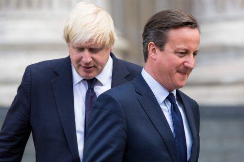 Cameron (r.) bezeichnet Johnson als Wahrheitsverdreher. AFP