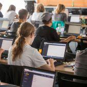 Nachwuchsprogrammierer tauchen in eine interaktive Welt ab