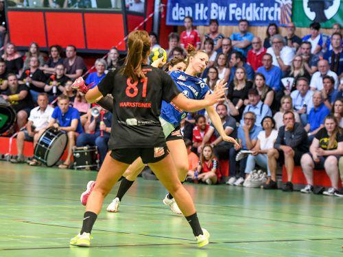 Das ewig junge Prestigeduell um die Vorherrschaft im Vorarlberger Frauenhandball ist ein Pflichttermin für die Fans beider Klubs. VN/Lerch